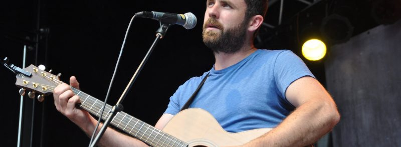 INEC Club Supper Shows With Mick Flannery – Evening Show